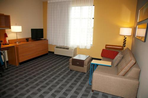 TownePlace Suites by Marriott Hobbs Photo