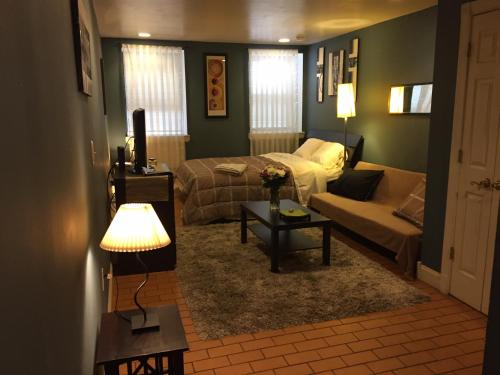Cozy Studio Steps to Times Square - new-york - booking - hébergement