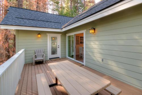 Craftsman Cottage Photo