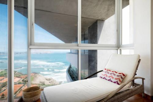The Best Ocean Front Penthouse in Lima Photo