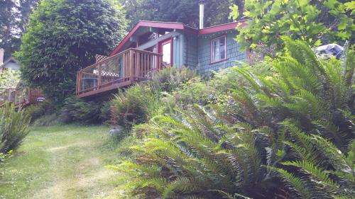 Maple Ridge Cottages Photo