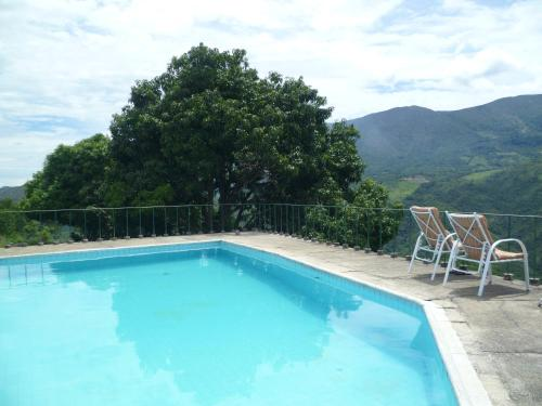 Foto de Chinauta pool and view Countryhouse