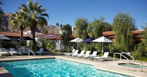 Alcazar Palm Springs Photo