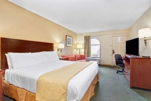 Days Inn Stockbridge Photo