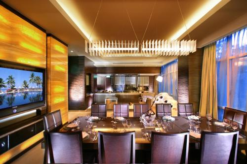 Orchard Scotts Residences by Far East Hospitality photo 3