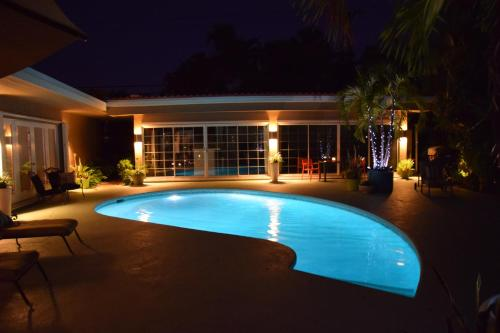 Luxury Poolhouse Photo