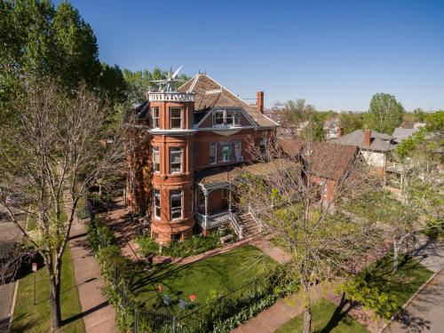 Lumber Baron Inn and Gardens - Denver, CO 80211