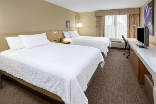 Hilton Garden Inn Folsom Photo