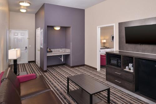Best Western Boerne Inn & Suites Photo