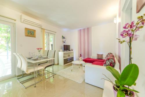 Charming house on the beach - pula - booking - hébergement