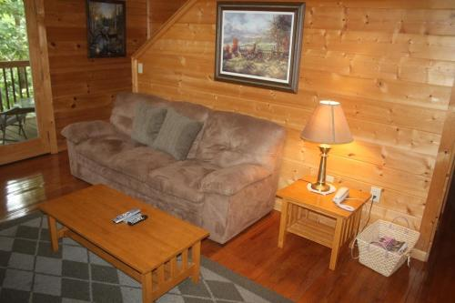 Wild Thang Cabin Photo