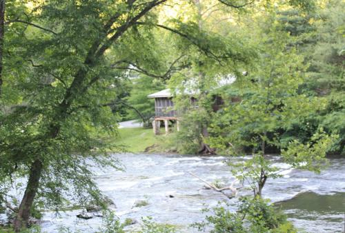 River Cabin on the River Photo