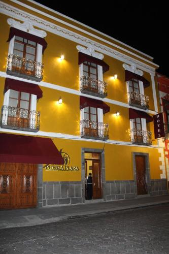 Hotel Puebla Plaza Photo
