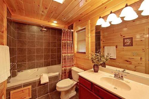 Basswood Lodge Holiday home Photo