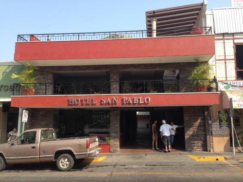Hotel San Pablo Photo