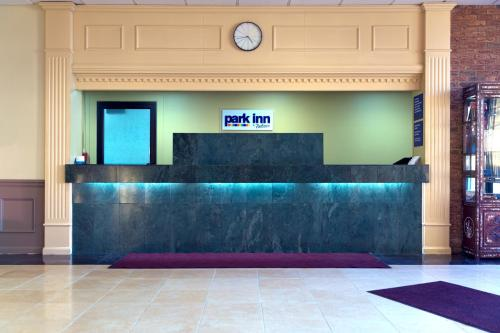Park Inn By Radisson Sharon Photo