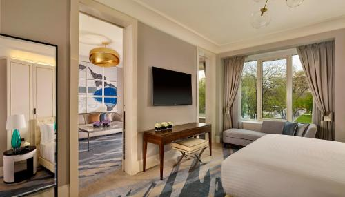 The Ritz-Carlton Budapest - brand new luxury hotel photo 27