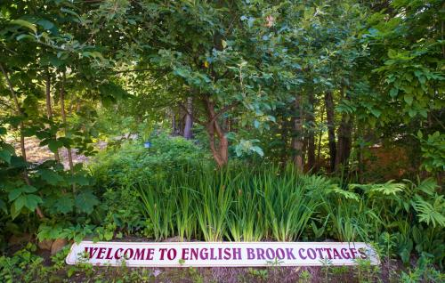 English Brook Cottages Photo