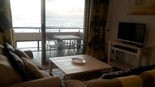 Seaview Apartment Photo