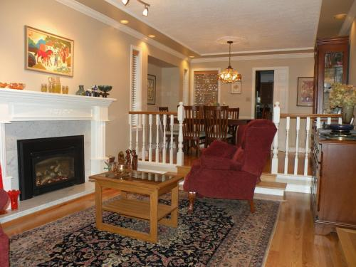 Eagle Mountain Bed and Breakfast Photo