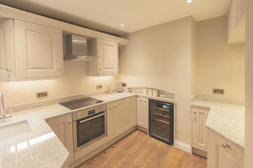 38 St Giles - 15 of 43