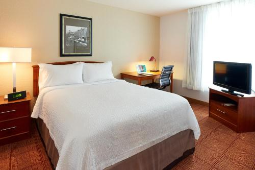 TownePlace Suites by Marriott Minneapolis Downtown/North Loop Photo