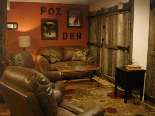 Fox Den Bed & Breakfast Photo