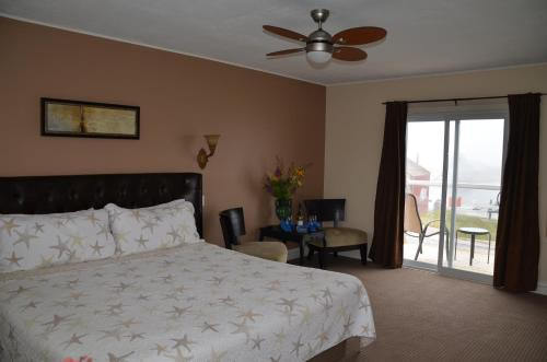 Clifty Cove Motel Photo
