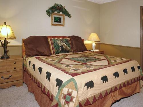 Bears At Night Fall #309 Holiday home Photo