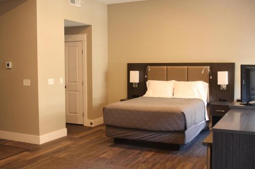Wick Tower Suites Photo