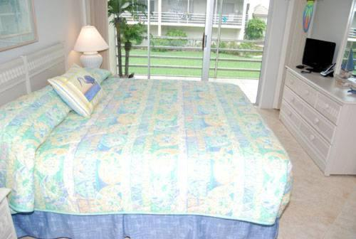 Sanibel Siesta on the Beach Unit 602 Photo