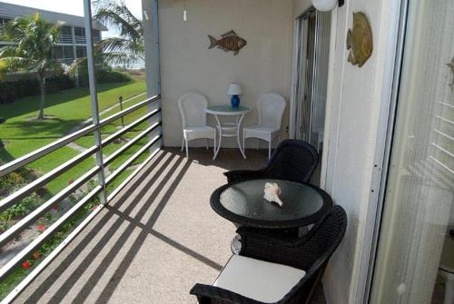 Sanibel Siesta on the Beach Unit 403 Photo