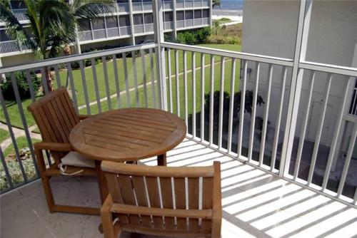 Sanibel Siesta on the Beach Unit 408 Photo
