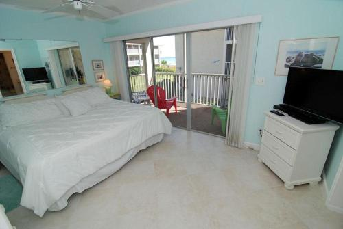 Sanibel Siesta on the Beach Unit 404 Photo