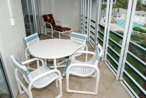 Sanibel Siesta on the Beach Unit 405 Photo