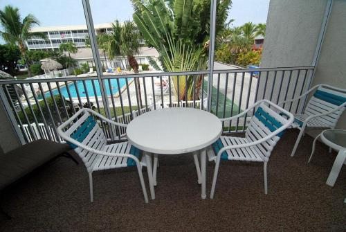 Sanibel Siesta on the Beach Unit 801 Photo