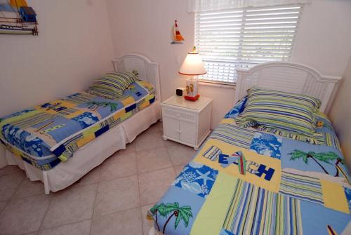 Sanibel Siesta on the Beach Unit 211 Photo