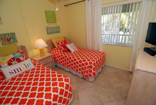 Sanibel Siesta on the Beach Unit 607 Photo