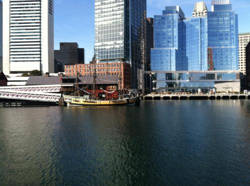 Residence Inn by Marriott Boston Downtown Seaport Photo
