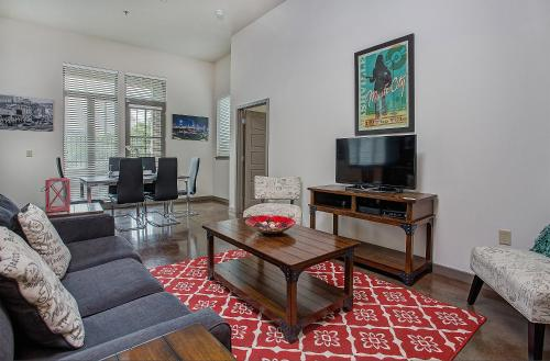 Germantown Apartment by Stay Alfred Photo