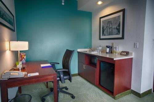 SpringHill Suites Seattle Downtown photo 14