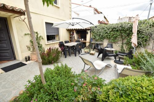 Mouleyres - Arles - booking - hébergement
