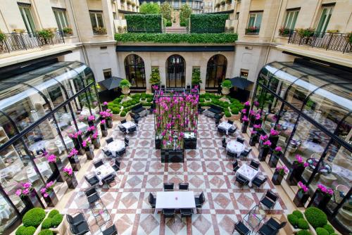 Four Seasons Hotel George V Paris photo 41