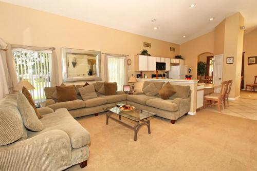 Hampton Lakes-Pixie Palace Holiday Home Photo