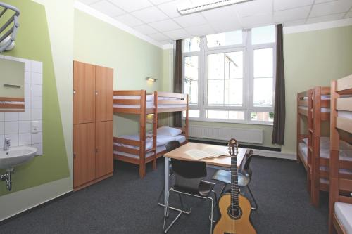 Single Bed in 6 Mixed Dormitory Room
