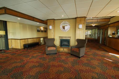 Best Western Green Bay Inn and Conference Center Photo