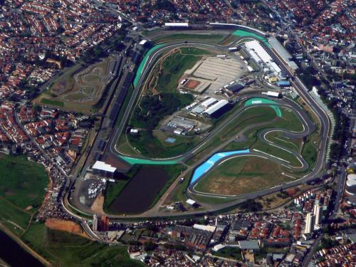 Sunny Interlagos Suite Photo