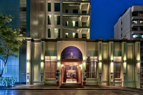 Radisson Suites Bangkok Sukhumvit photo 38