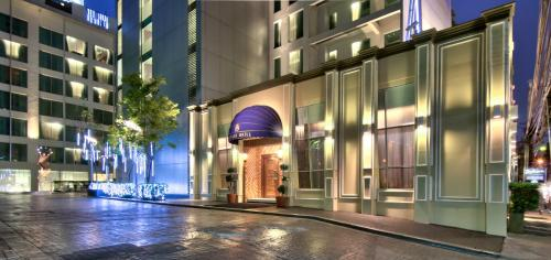 Radisson Suites Bangkok Sukhumvit photo 44