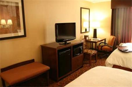 Hampton Inn & Suites New Castle, PA in New Castle